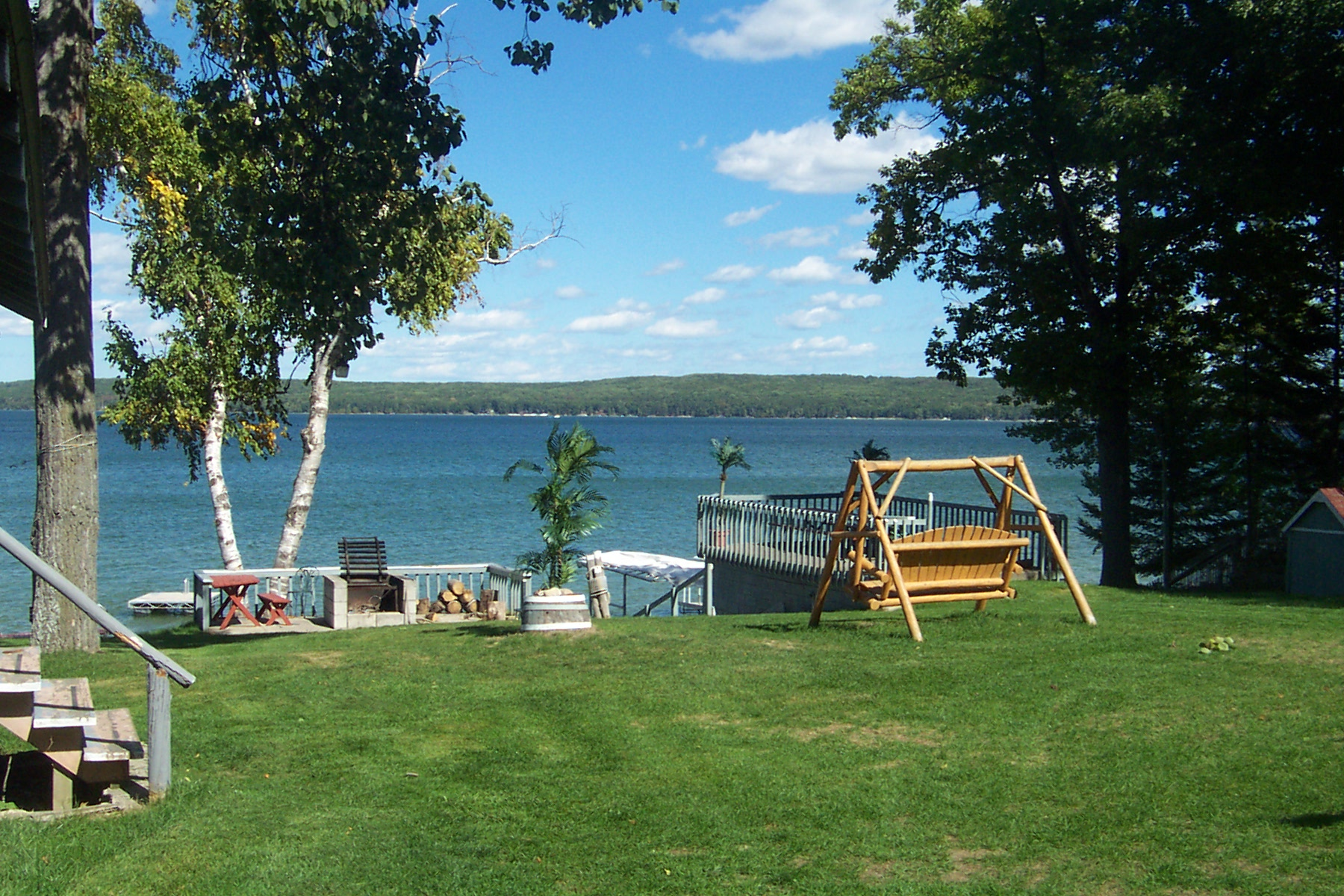 youngs s rentals cabins cabin directorytawas area directory member young getaway michigan resort beachfront